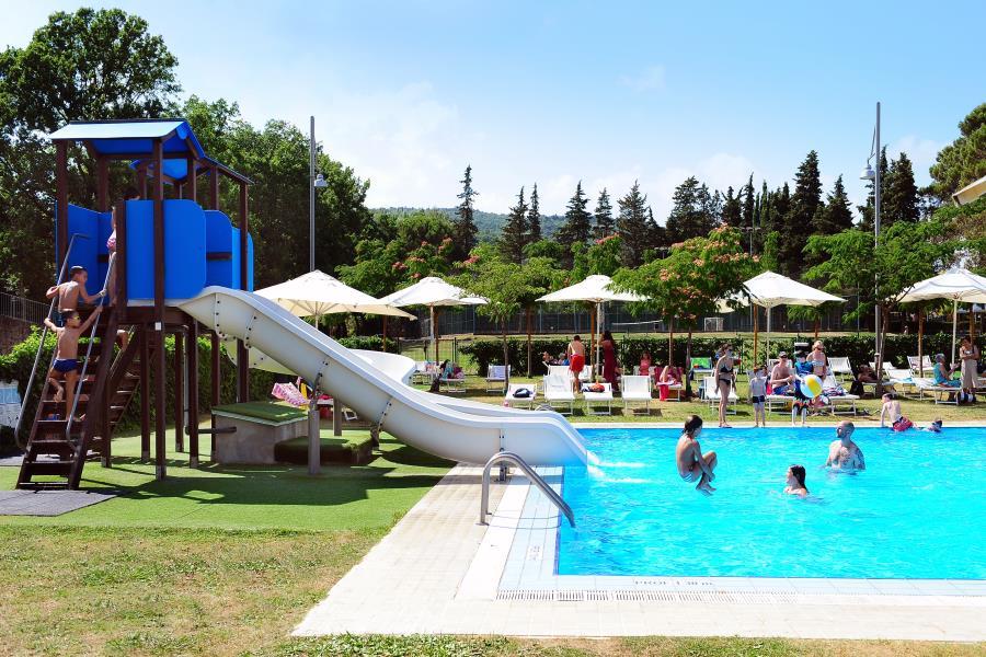 Campsite village parco delle piscine italy for Camping delle piscine sarteano