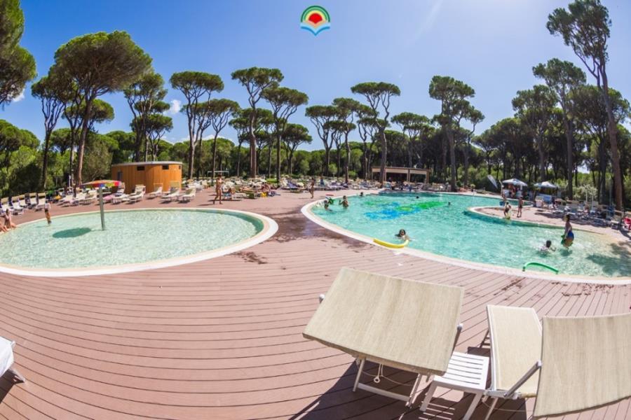 Camping village cieloverde toscana for Camping con piscina climatizada