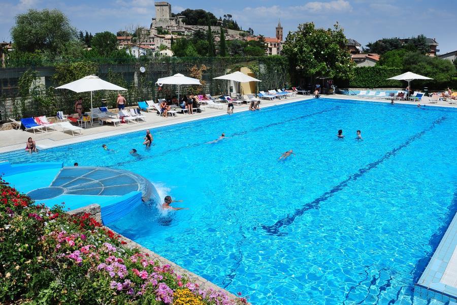 Camping village parco delle piscine toscana for Camping parco delle piscine